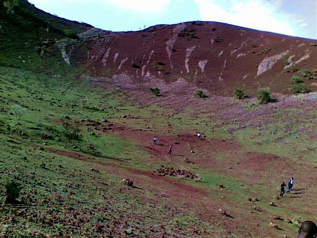 Naijatreks_Inside_the_volcanic_crater